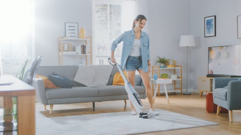 Bissell Spinwave vs. Steam Mop (Which is Right for Me?)