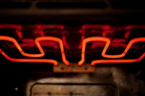 Turning on the self-cleaning program of a pyrolytic oven